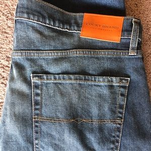 Lucky Brand 221 Straight 2 Way Stretch Jeans NWT